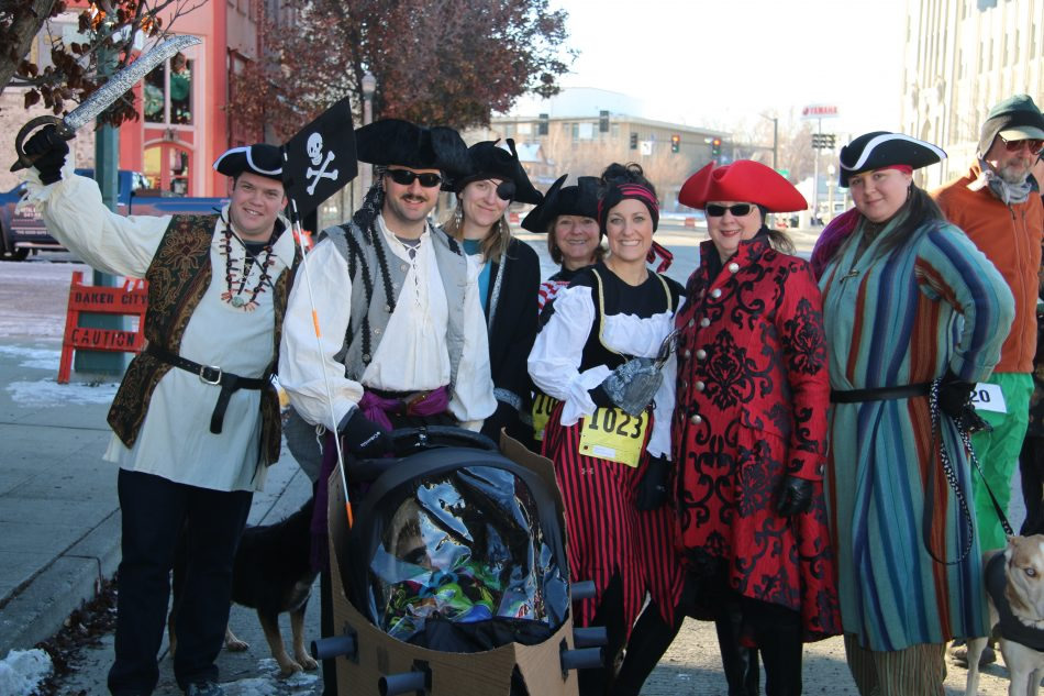 Baker City Turkey Trot - 5k Walk Run - Pirates!